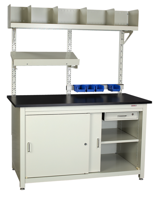 Workstation with a center mount upright overtable mount